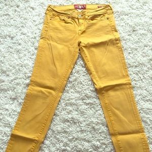 Lucky mustard colored jeans 6/28